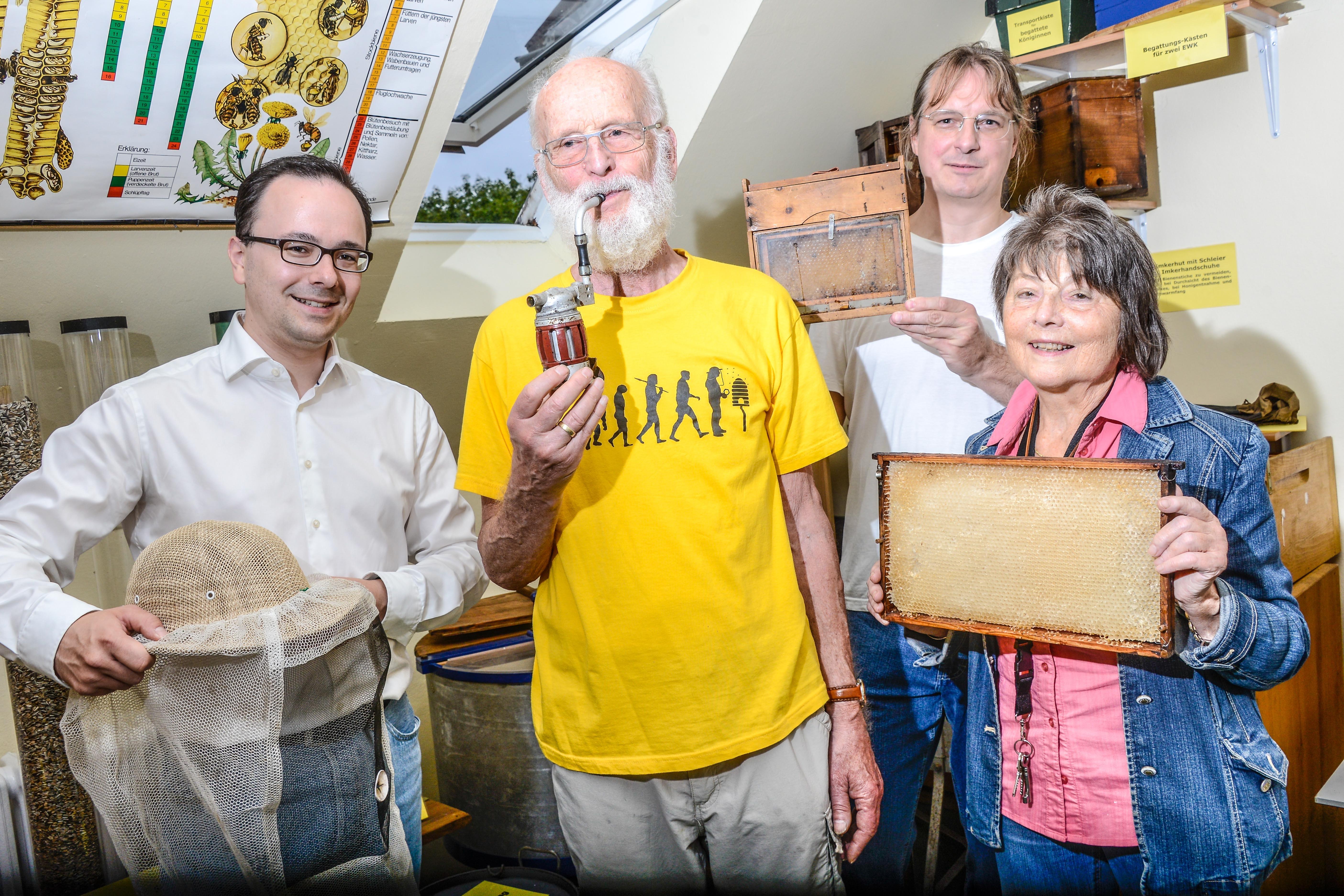 Robert Tuchel, Wolfgang Fleischbein, Dr. Andreas Gottschalk und Gisela Winkler (Bild: Thomas Schubert)