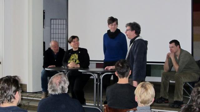 Runder Tisch mit Günter Friedmann, Bernhard Heuvel, Dr. Melanie von Orlow, Erika Mayr und Rolf Stengel