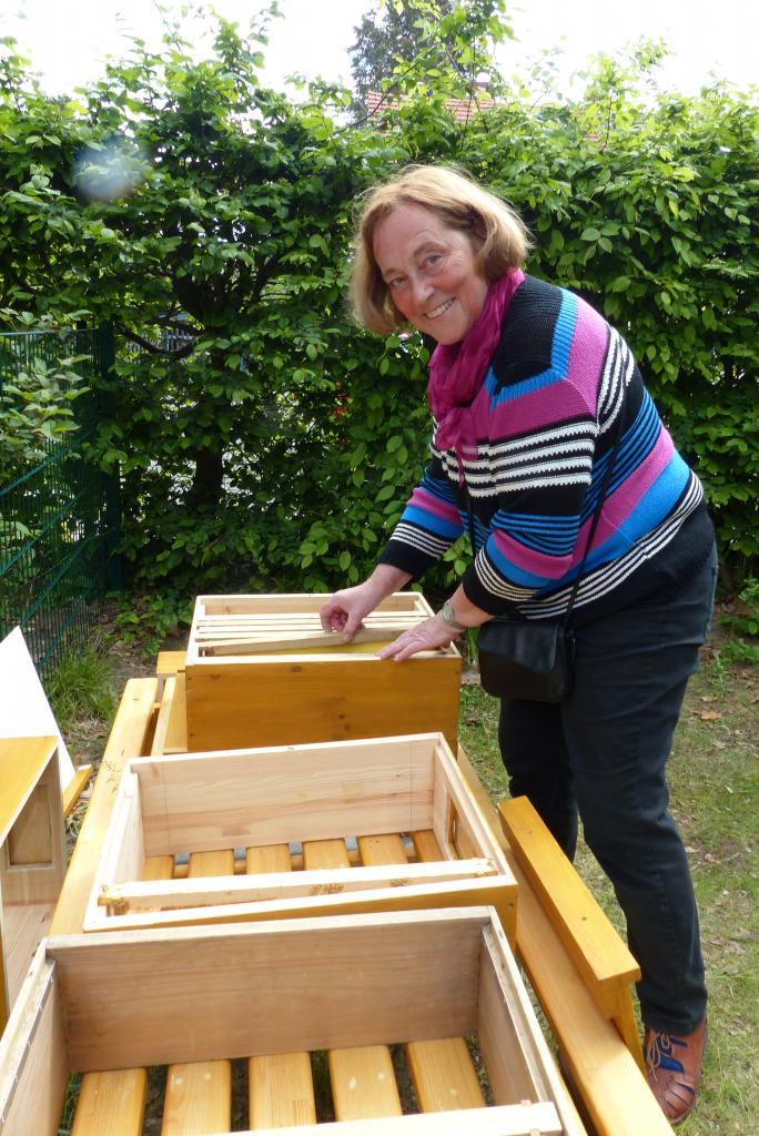 Vorbereiten der neuen Bienenheimat