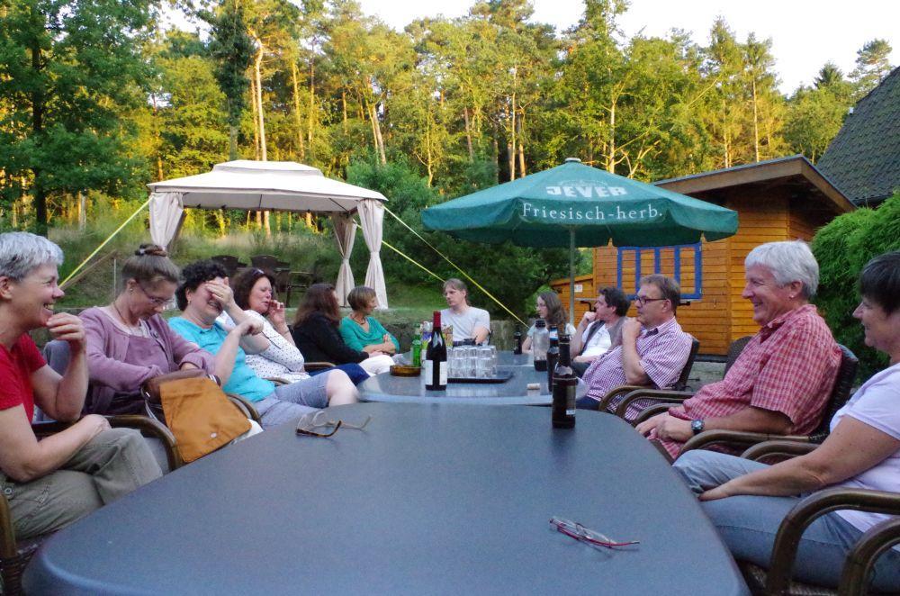 Imkerlicher Austausch am Freitagabend:Stadtimker treffen Landimker