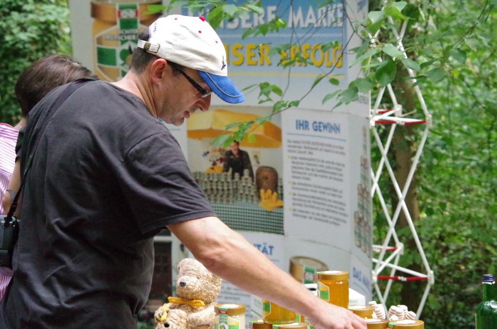 <strong>Viele leckere Honigsorten sind im Angebot</strong>